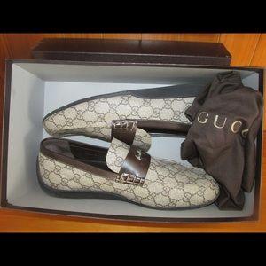 Authentic Gucci Cocoa Interlocking Loafers